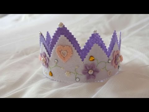 How To Make A Beautiful Crown Out Of Felt - DIY Crafts Tutorial - Guidecentral