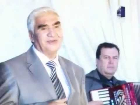 Uzbekistani President Singing Awara Hoon
