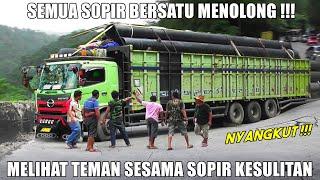 Download SEMUA SOPIR BERSATU MENOLONG !!! PART 2 Drama Truk Hino Tribal Nyangkut di Sitinjau Lauik