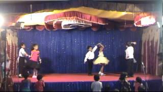 2013-10-AGA-Diwali-012-Darling-aankhon-se-aankhen