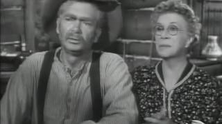 The Beverly Hillbillies 1x28 Jed Pays His Income Tax