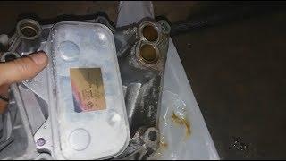 Снятие Кронштейна Масляного Фильтра Ауди А8 D3 Engine coolant leak fixed/oil cooler pipe replacement