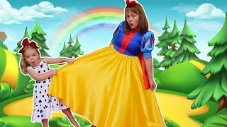 Mama and  Anabella | Both want the same dress | Story for kids