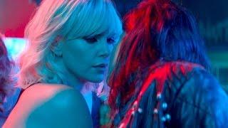 Взрывная блондинка (2017)— русский трейлер