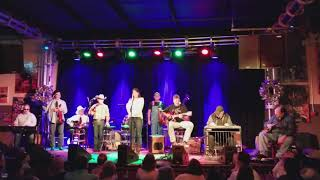 """Yvette Landry joins Vince Gill and The Time Jumpers - """"I'm Not Lisa"""""""