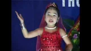 alibaba Bé Thùy Dương 10 tuổi múa