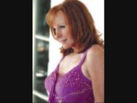 Reba McEntire - Sky Full Of Angels