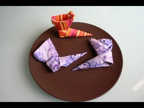 servietten falten stiefel napkin folding boots youtube. Black Bedroom Furniture Sets. Home Design Ideas