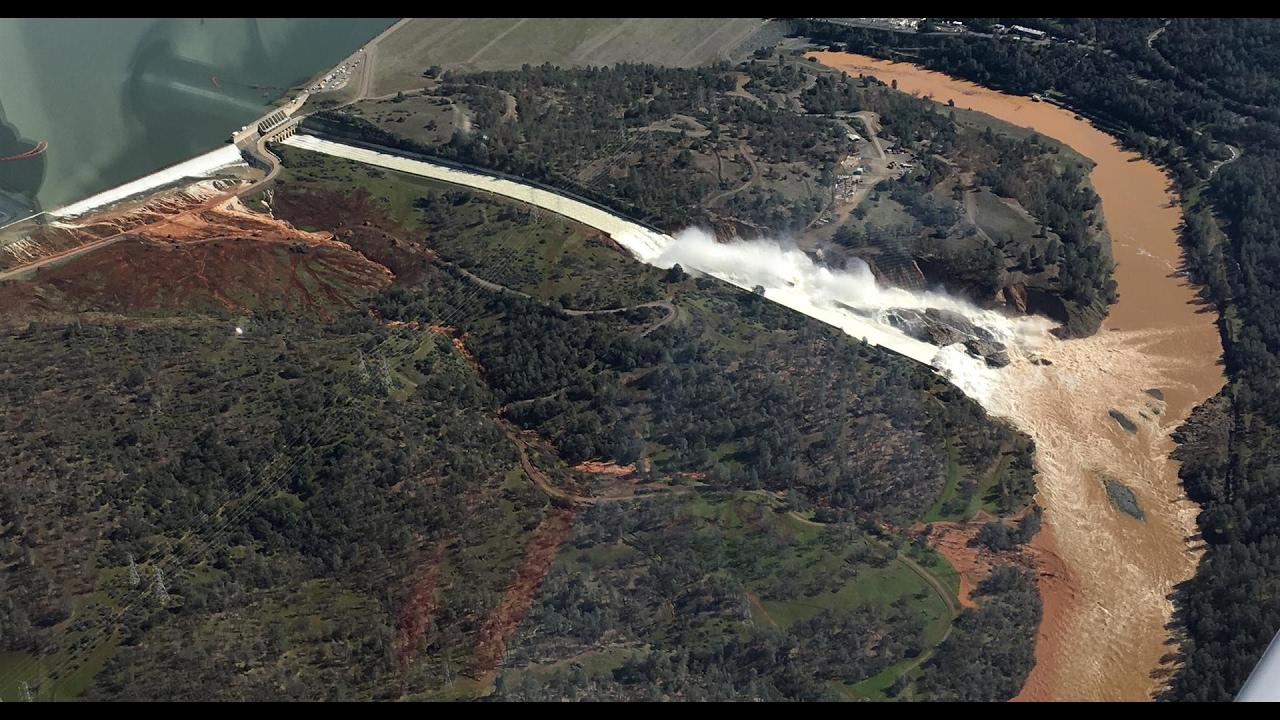 Oroville Dam Spillway Thread: Quick Links   Metabunk