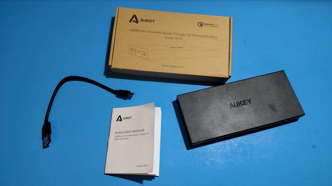 Aukey PB-T3 External Battery - YouTube