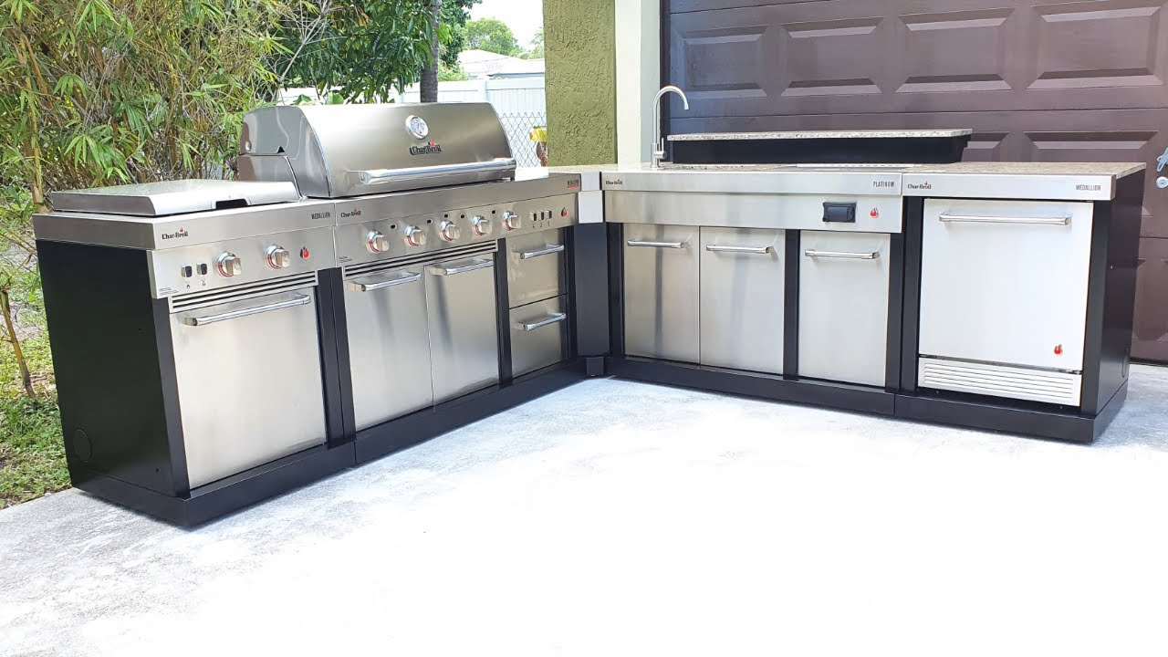 My Outdoor Kitchen Char Broil Medallion Modular With Granite Countertop Youtube