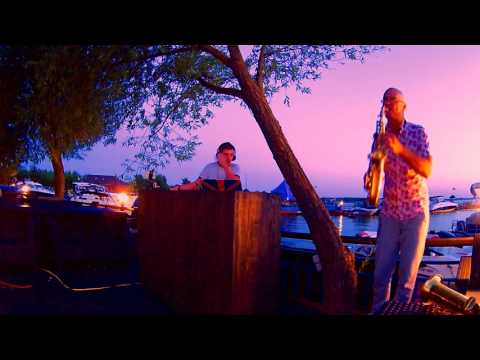 Sax & Dj - Improvisation at sunset