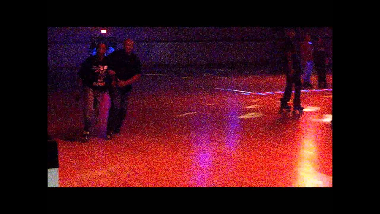 Roller skating rink peoria il - Lonzo Partner Skating At Peoria Palace