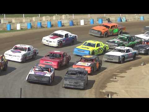 Street Stock 3 Wide Start Feature Race at Crystal Motor Speedway, Michigan on 09-16-2018!