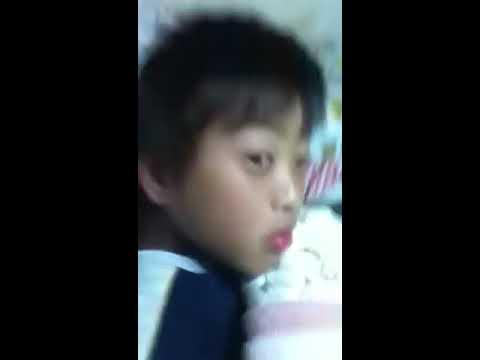 寝ている弟にイタズラしてみたprat1
