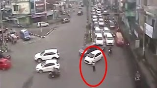 Detik detik Polwan di Medan Ditabrak Angkot