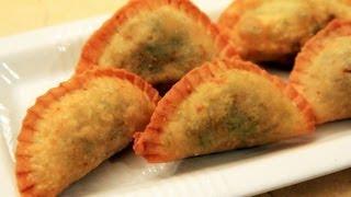 Sambusa - Saudi Arabia Recipe - Cookingwithalia - Episode 179
