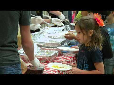 Care & Share Holiday Lunch – St. John School Principal