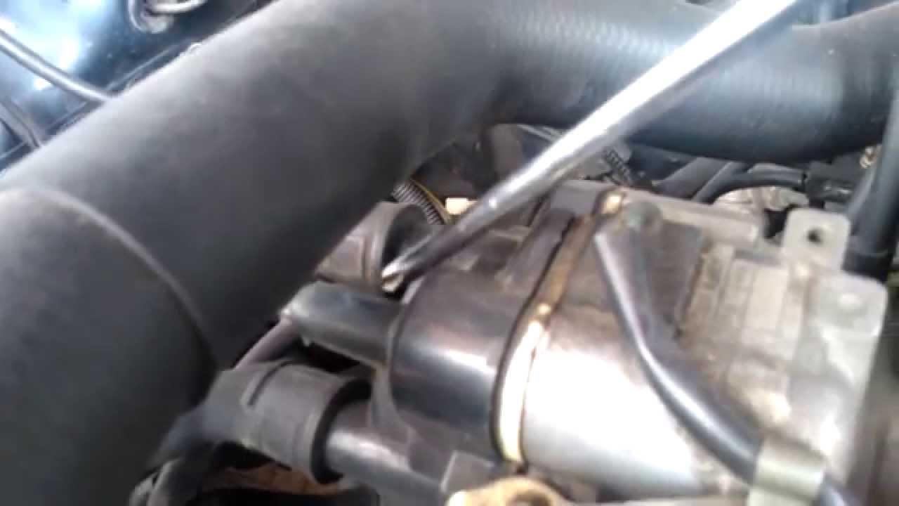 Mitsubishi 4g15 Engine Distributor Sparking Proton Wira Youtube