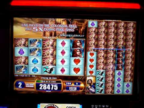Colossal Reels Slot Machine