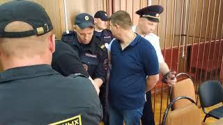 Вынесен приговор московским экс-полицейским, избившим футбольного тренера