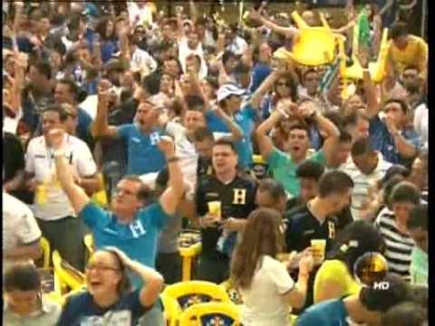 TVC Hoy Mismo Estelar- Video: así celebraron los hondureños el gol de Costly en el Mundial