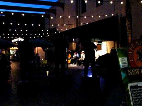 An evening in Cafe Beignet's Musical Legends Park, New Orleans
