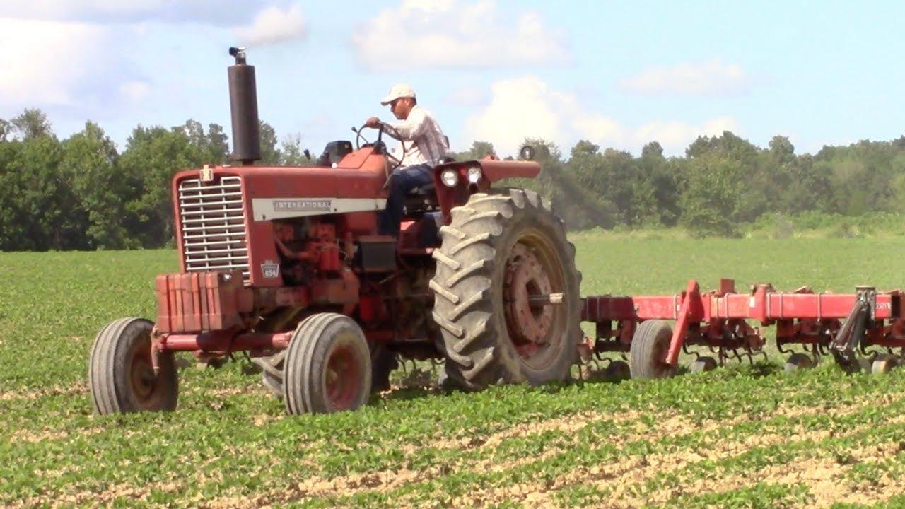 Ih 856 Tractor : International tractor youtube