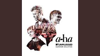 Living A Boy's Adventure Tale (MTV Unplugged)