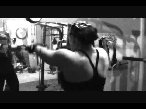 Amy Barnes training for FEMSPORT 2011 .wmv