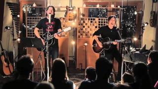 Matt Nathanson - Kinks Shirt (Decibelle Studio Acoustic Session)