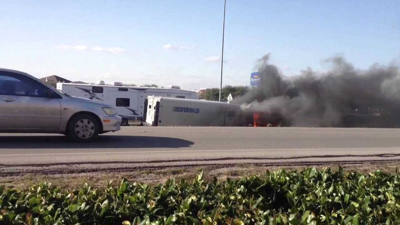 Brinks Armored Truck On Fire Youtube
