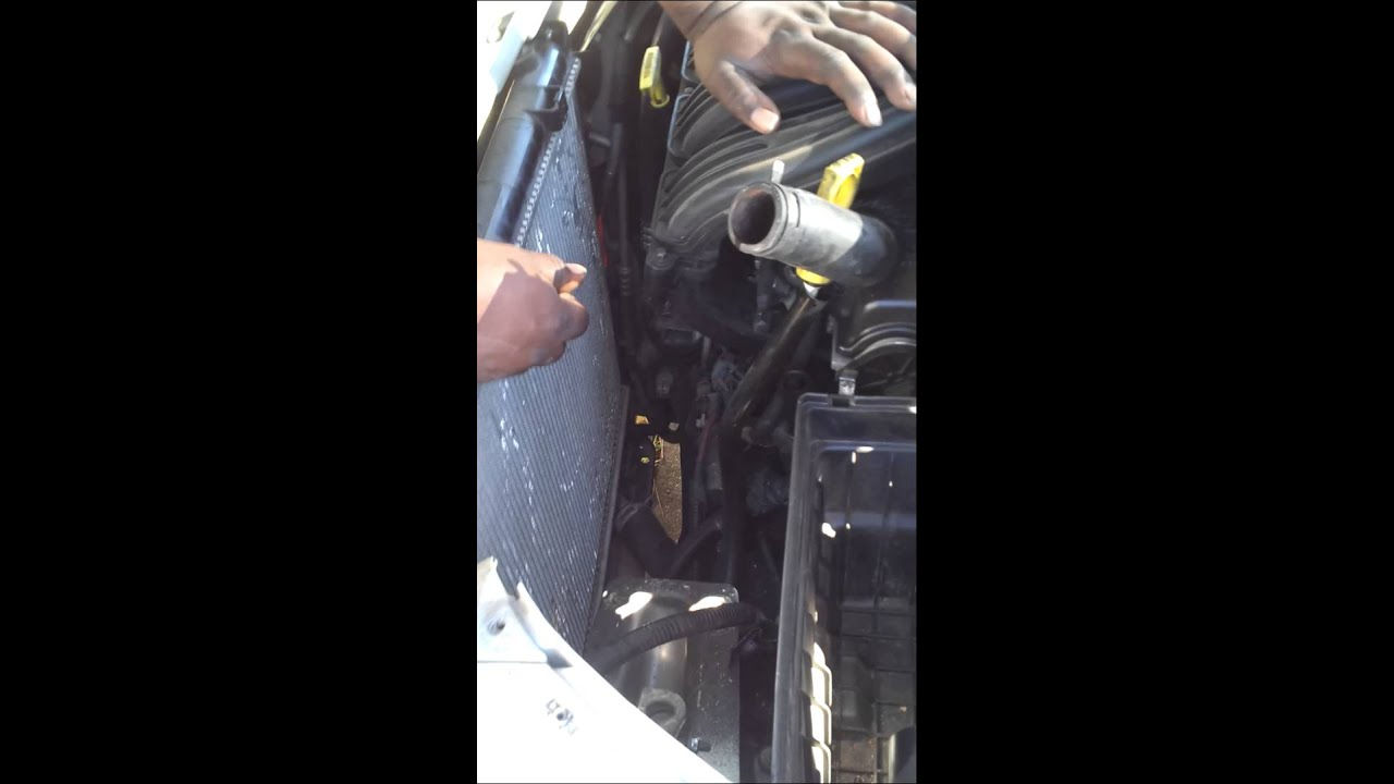 How To Change Radiator Fan In 2001 Pt Cruiser Youtube