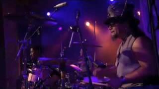 "Mandrill ""Fencewalk"" Live Montreux 2002"