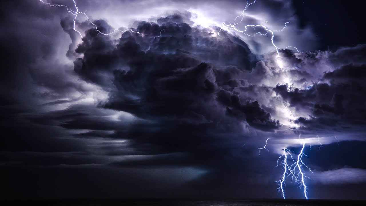 Storm Clouds Wallpapers: PLUG YOU HEADPHONES IN Incredibly Close Lightning Strike