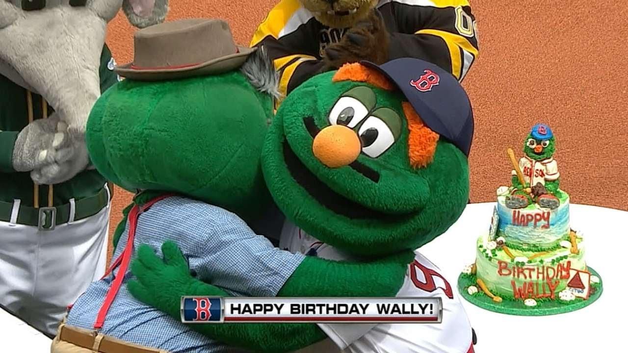 Wally Celebrates His Birthday At Fenway Youtube