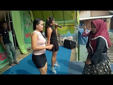 D'reja Hello dangdut ( Tania.F.R and Rita )