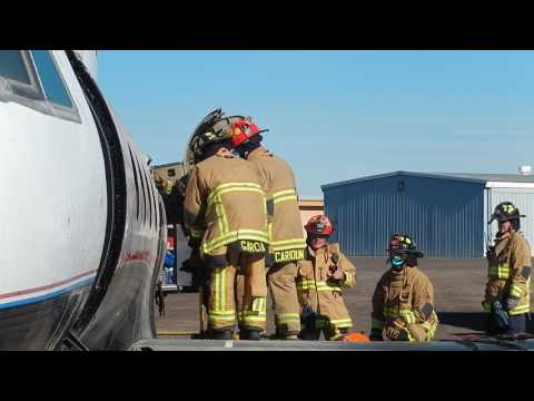 Mesa firefighters train on cutting into Gulfstream jet III