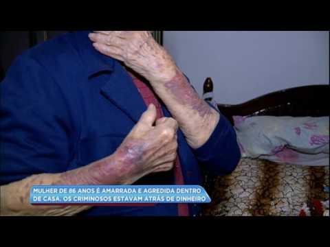 Mulher de 86 anos é agredida dentro de casa por assaltantes