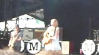 Amy MacDonald - Mr Rock and Roll - Main Square Festival Arras - 02/07/09