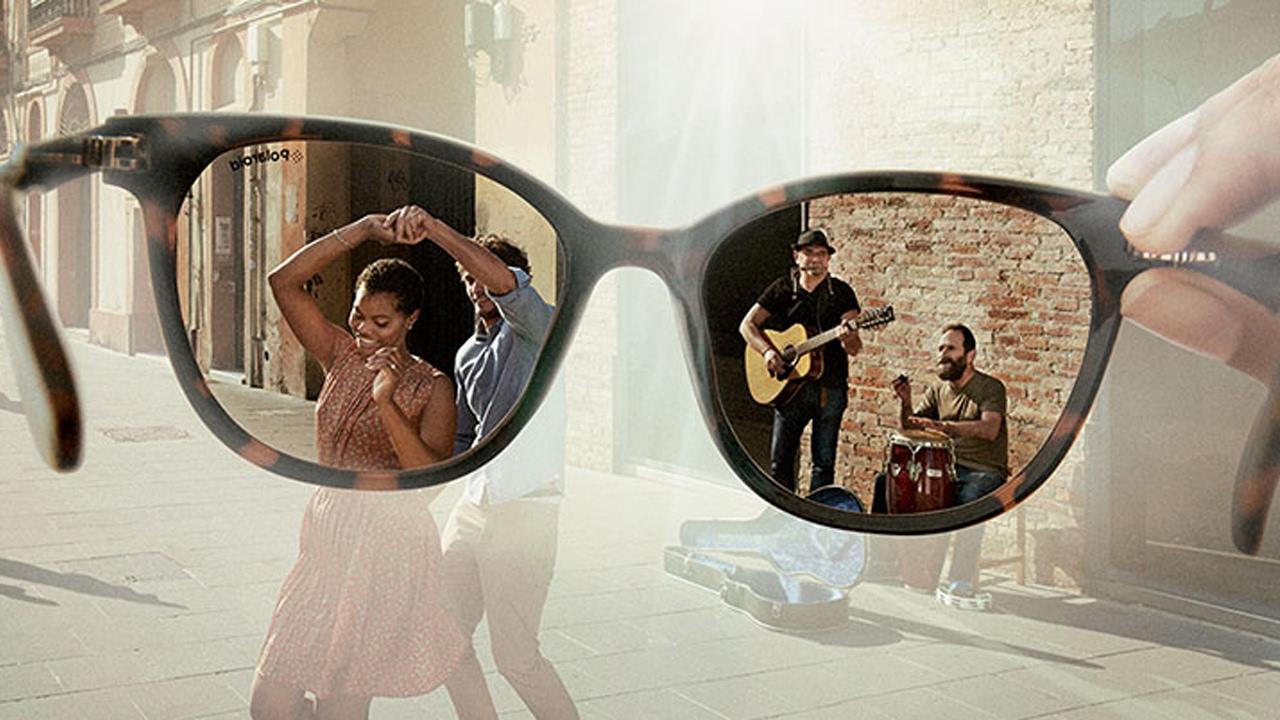 Чем отличаются <b>очки Polaroid</b> от обычных <b>солнцезащитных очков</b>?