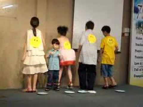 Kids Presentation on Mothers Day - YouTube