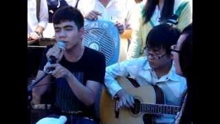 ஐ Suy nghi trong anh - Le Dung 12A6 (Guitar Cover) - BMT high school ஐ