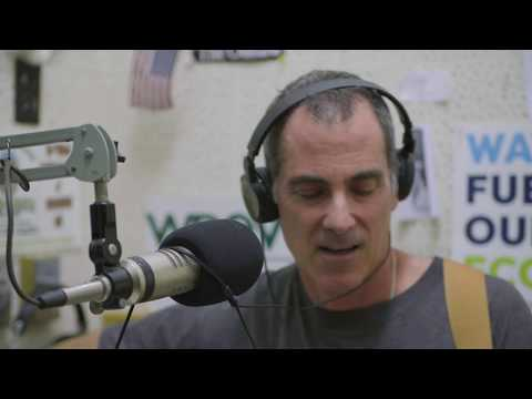 """Dave Keller Plays """"Every Soul's a Star"""" Live on the Getaway on WDEV"""