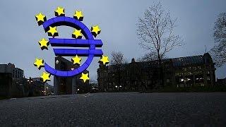 Eurozone GDP growth still weak, Greece in recession again