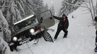 Deep Snow Wheeling Jeep Wrangler Oregon Cascades Extreme 4x4