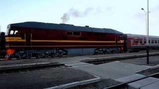 ТЭП70-0234 «газует» с поездом Вильнюс - С. Петербург ст. Даугавпилс-Пасс
