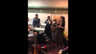 Cristo No Esta Muerto Jersey Girls Pentecostal Corito Jam