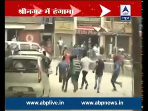 Srinagar: Protesters express anger, pelt stones against arrest of few youngsters; many injured