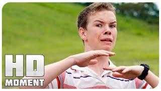 Паук укусил Кенни за яйцо - Мы – Миллеры (2013) - Момент из фильма